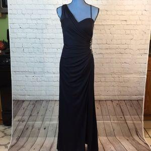 Cache formal black evening gown w thigh hi slit